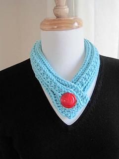 Bold_button_neckpiece_2_small2