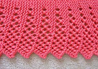Dream_shawl_lace_border_closeup_fix_small2