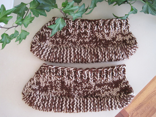 Brown_tweed_slippers_two_small2