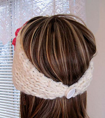 Banana_leaf_headband_hat_on_c_back_small