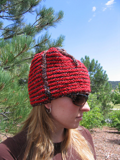 One_row_tweed_stripe_hat_on_c_1_small2