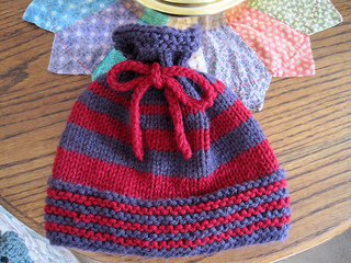 Woodsy_baby_hat_red_purple_1_small2