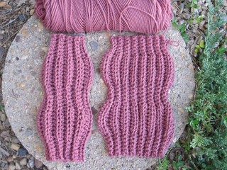 Heat_wave_ankle_warmers_flat_small2