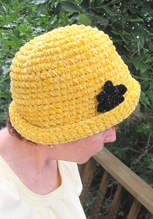 Chenille_glam_roll_brim_hat_on_k_a1_small2