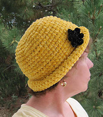 Chenille_glam_roll_brim_hat_on_k_1a_small