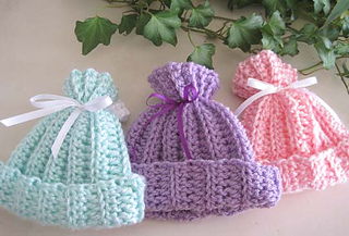Rib_look_newborn_hats_3_a_small2