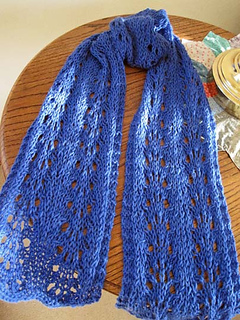 Wooly_wave_scarf_blue_1_small2