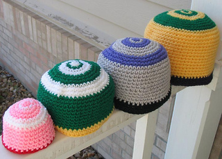Festive_hats_crochet_front_best_of_all_small2