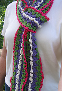 Fiesta_scarf_outside_300_3_small2