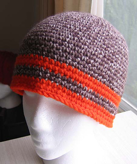 Crochet_hat_taupe_mist_with_orange_small2