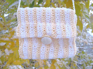 Dazzling_waves_bag_4_res_small2