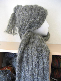 Hooded_symphony_scarf_small2