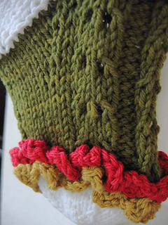 Ruffled_lace_christmas_stocking_closeup_of_toe_small2