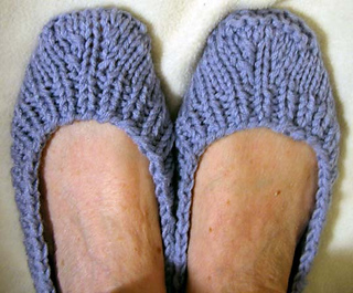 Ballet_slippers_blue_on_feet_small2