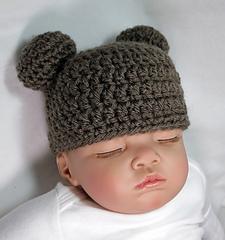 Baby_bear_beanie_small