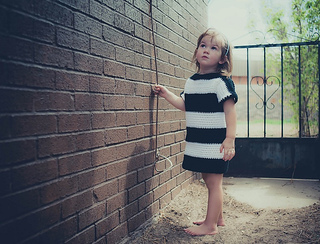 Striped_tshirt_dress2_small2