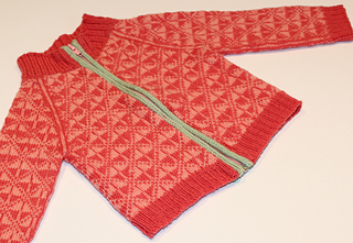 Baby_faroe_sweater_-1_small2