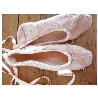 Ballet_slippers_2_small2