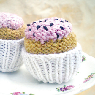 Cupcakes_etsy_small2