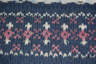 Fair_isle_scarf1_small2