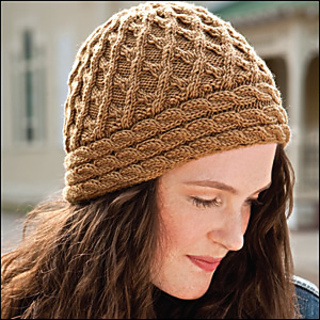 Lattice_cable_hat_300_small2