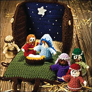 Crocheted_creche_300_small2