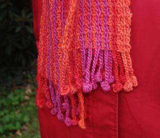 Bobble_fringe_scarf_3_small2