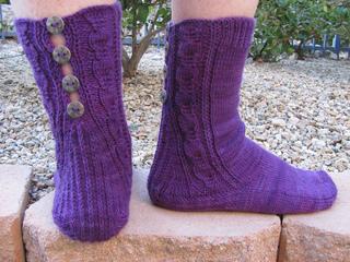 Button_socks_in_nature_008_small2
