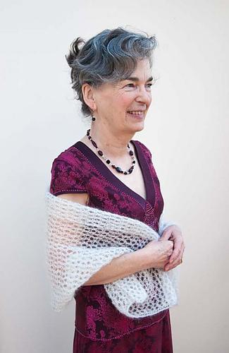 Yvonnes-shawl4_medium