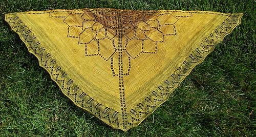 Sunflower_shawl_on_lawn_3_medium