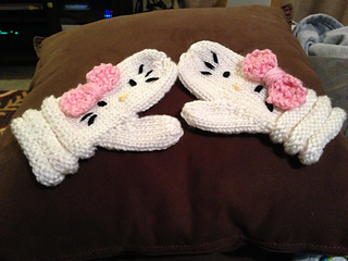 Ravelry: Hello Kitty Mittens pattern by Janet Jameson