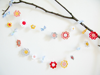 _emma_lamb_-_emilia_flower_garland_-_1_small2