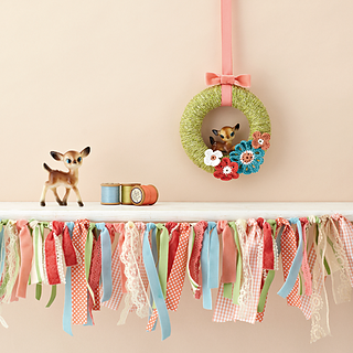 Mollie-makes-spring-wreath-project_small2