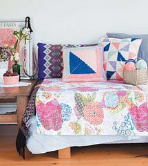 Crochet_home_-_cushion_pillows_beauty_image_small