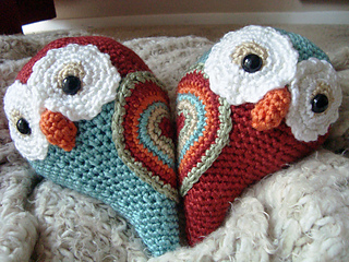 Heart_owls_small2
