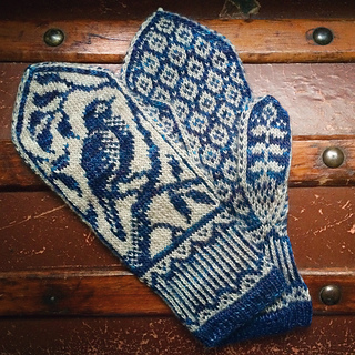 Knitting Pattern For Small Mittens : Ravelry: Songbird Mittens pattern by Erica Heusser