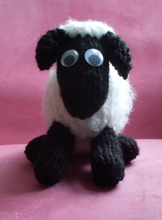 Ravelry: Shaun the Sheep pattern by Erika Hughes
