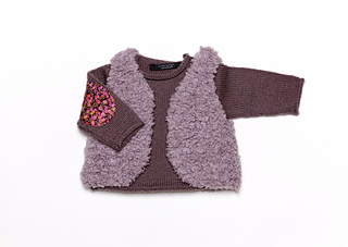 Sweater_and_fur_gilet_milk_choc_small2