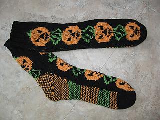 Pumpkin_socks_medium2_small2