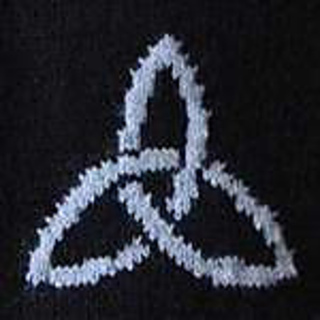 Ravelry: Triquetra Celtic Knot pattern by Erssie