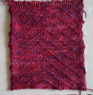 Hrh_kate-worsted_swatch_medium2_small2