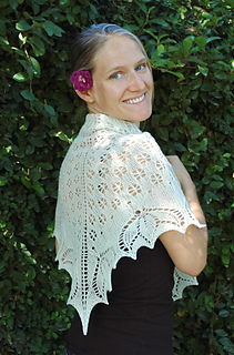 Lotusshawl-w-smiling_small2