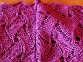 Waves_of_grain_cowl_blocked_small2