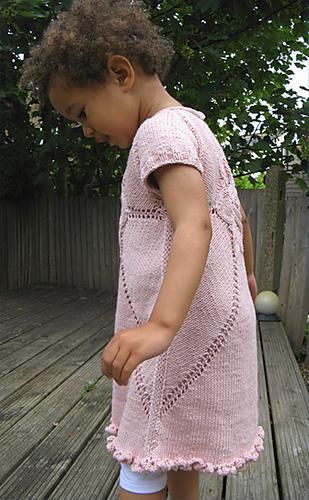 Dress_side_medium