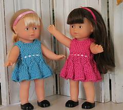 Bell-skirt-dress-on-dolls-2_small