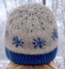 Snowflakecapt-001_small