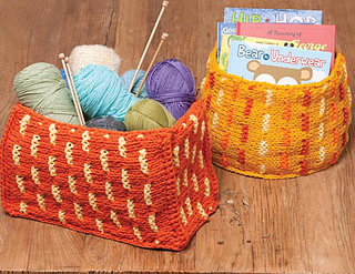 Knitting_03-6389_1rh_small2