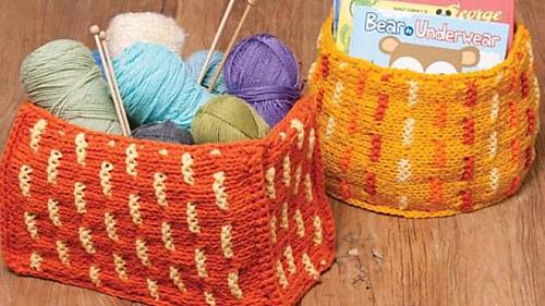 Knitting_03-6389_1rh_medium