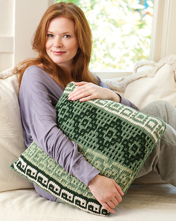 Kt09_mosaicpillow_1cc_small2