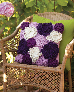 Ct22_wildgardenpillow_small2